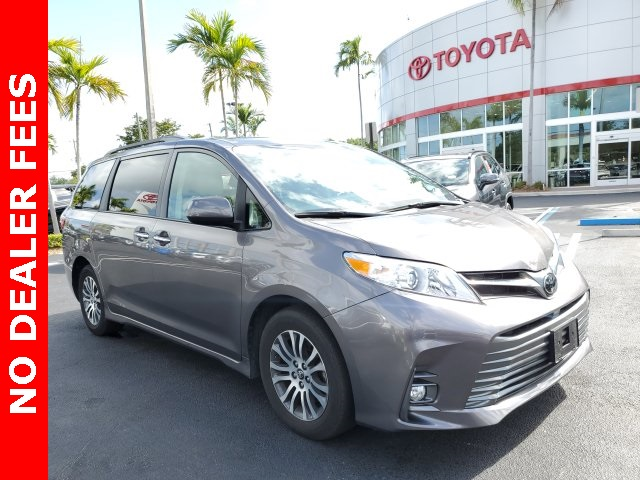 Certified Pre-Owned 2020 Toyota Sienna XLE