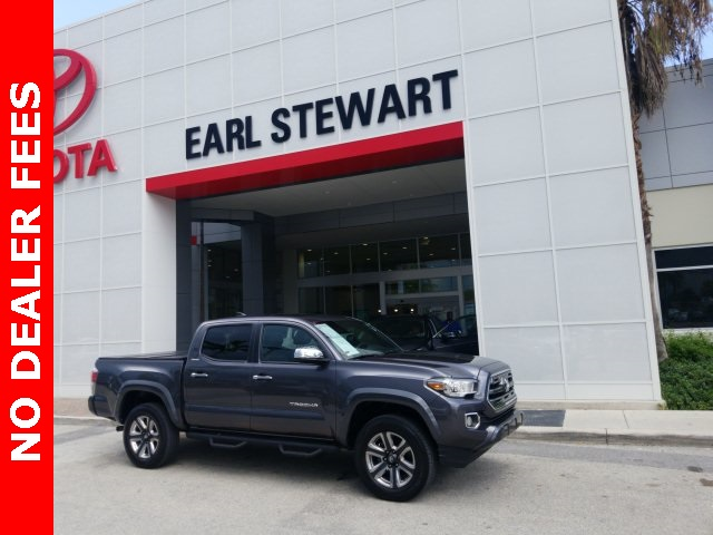 Certified Pre-Owned 2017 Toyota Tacoma DLX
