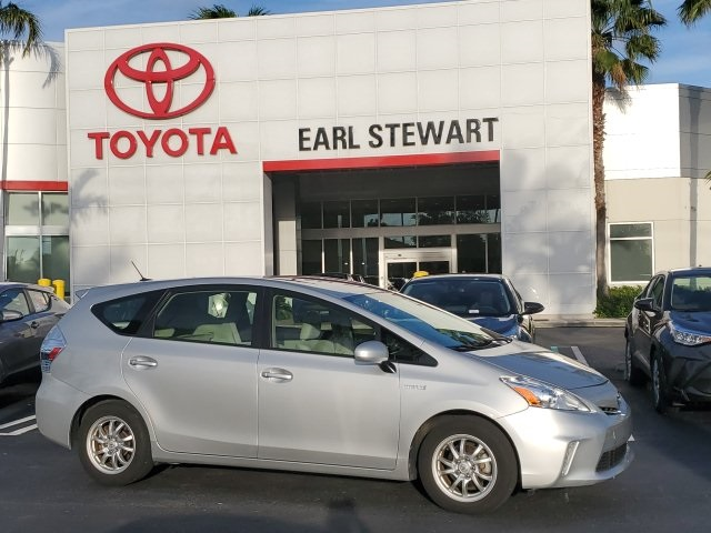 Pre-Owned 2014 Toyota Prius v Two